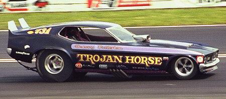 Funny cars des années 70 ! 2Troj